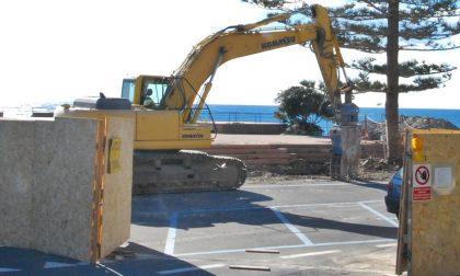 Bordighera: consegnato il cantiere per la demolizione della Rotonda di Capo Ampelio/Il video dell'inizio dei lavori