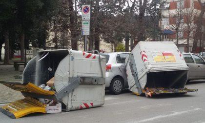 CASSONETTI CONTRO LE AUTO, FIAMME IN COLLINA: DISAGI PER IL FORTE VENTO IN PROVINCIA
