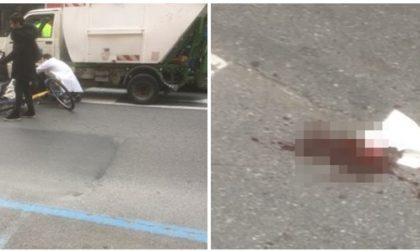 Ciclista ferito dopo essere finito contro mezzo della nettezza urbana a Ventimiglia