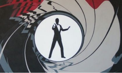 Truffa, finto agente segreto promette un posto di lavoro in cambio di 45mila euro