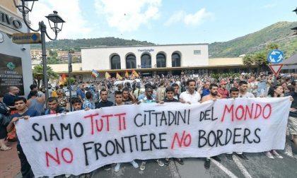 Riunione e corteo non autorizzati: prescritto il processo contro 20 no border