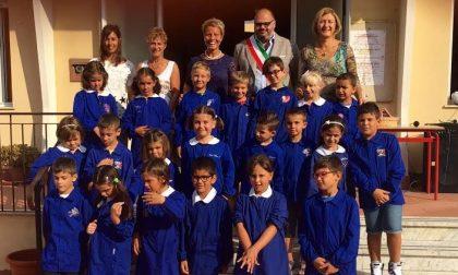 Lezioni di nuoto per i bambini delle elementari a Riva Ligure