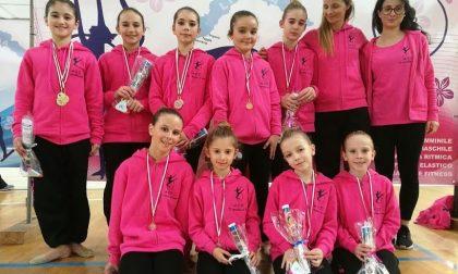 """Medaglie e tanta emozione per le ginnaste de """"Il Cerchio d'Oro"""" alla gara di Taggia"""