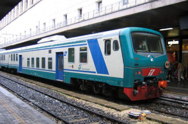 Treno deragliato, le Fs annunciano: riapriamo la linea