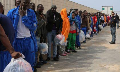 No Border portò 200 migranti gratis in Francia: condannato a 3.000 euro di multa/ Fu per scopi umanitari