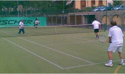 """Tennis, domenica la finale del torneo a squadre""""Riviera dei Fiori"""" tra Dolceacqua e Finale Ligure"""