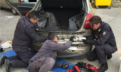 Ventimiglia: 10 chilogrammi di marijuana nell'auto, 3 arresti al confine