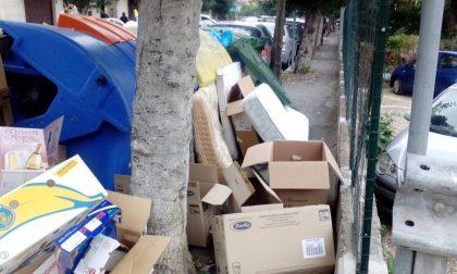 Nuovo arredo urbano a Vallecrosia? Divampa la polemica in via don Bosco