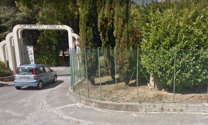 Cimitero di Valle Armea  chiuso nel fine settimana
