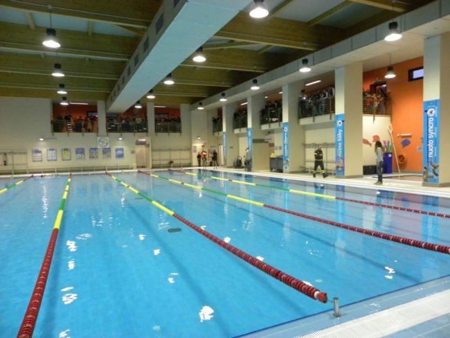 Aperti i corsi di bagnino alla piscina comunale la riviera - Piscina di chiari orari corsi ...
