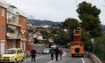 Crolla un traliccio: Aurelia chiusa tra Sanremo e Bussana