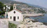 Colla e righello per rubare le offerte in chiesa: arrestato a Bordighera