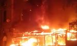 """Incendio alla pizzeria """"I Nomadi"""": ecco i video del devastante rogo"""