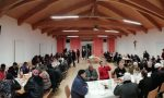 Cattolici e musulmani a tavola per una cena interreligiosa. Foto