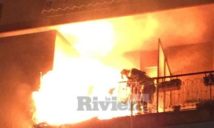 Il rogo di via Grado a Bordighera: inquilino aggredisce vigili del fuoco e carabinieri