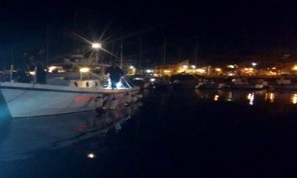 Naufrago salvato nella notte dalla Guardia Costiera al largo di Diano