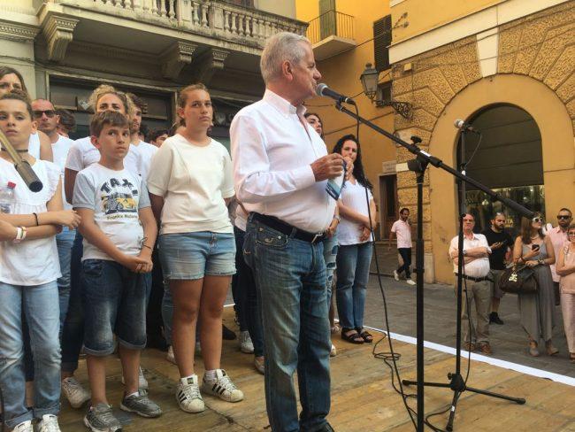 Domenica il ballottaggio: Claudio Scajola chiude la campagna elettore