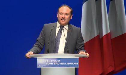 L'on.Di Muro porta i saluti della Lega al Meeting della Le Pen