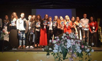 Gli 80 semifinalisti alla semifinale di Area Sanremo