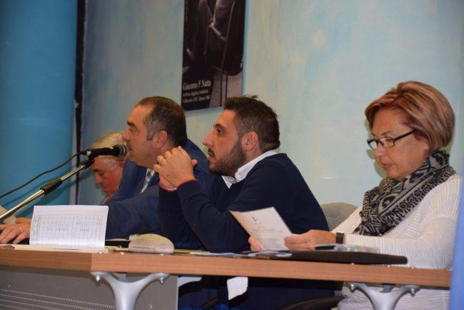 """Caso spiagge: minoranza """"snobbata"""" attacca l'assessore Fazzari"""