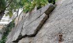 Rischiano di crollare alberi e muro della ex scuola di San Lorenzo