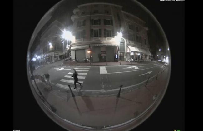Coppia di vandali in azione a Bordighera, sindaco pubblica video