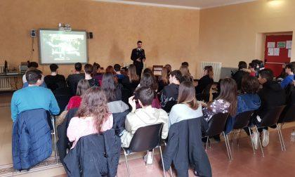 I Carabinieri parlano di legalità agli studenti del Cassini