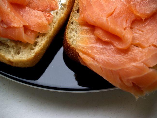 Salmone norvegese affumicato richiamato dal mercato per Listeria