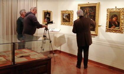 Le telecamere di Striscia alla Pinacoteca Rambaldi per Paesi e Paesaggi