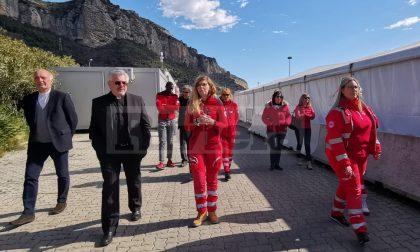 """Migranti. Sottosegretario Vaticano a Ventimiglia: """"Accoglienza ok, preoccupa lavoro"""""""