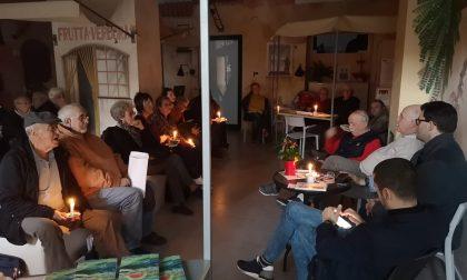 Una piazzetta a lume di candela per Marino Magliani alla Cgil