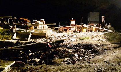 Deposito in fiamme: Municipale sequestra l'area in Valle Armea
