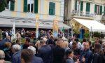 Sergio Tommasini festeggia la fine della campagna elettorale in piazza Bresca – Foto