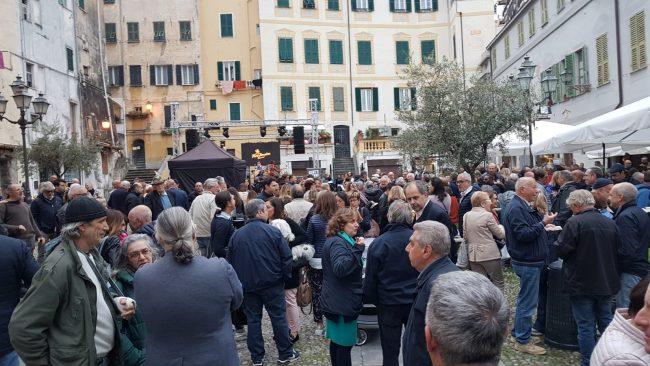 Grande festa per Alberto Biancheri  in Piazza San Siro