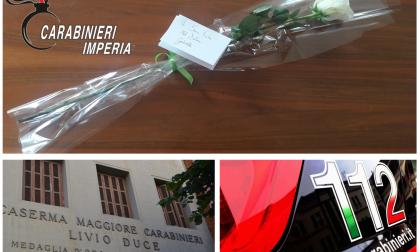 Una rosa per i Carabinieri