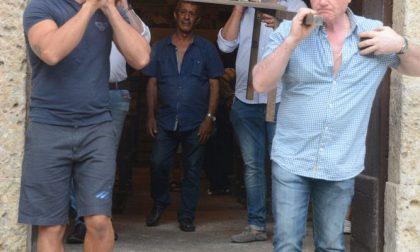 """Carabinieri aprono indagine su """"inchino"""" a processione Madonna di polsi"""