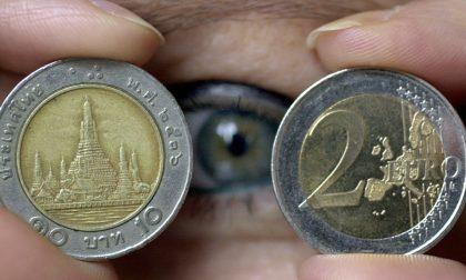 Si fa cambiare 50 euro al bar ma è una truffa