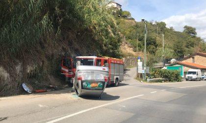Auto si cappotta sulla provinciale in val Nervia, ferito il conducente