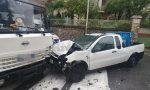 Schianto a Bordighera tra un pick-up che trasporta gasolio e un camion