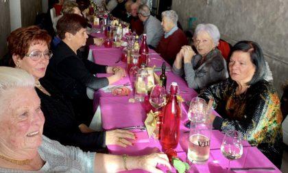 Pranzo di Natale per gli anziani organizzato dal Comune di Riva Ligure, aperte le iscrizioni