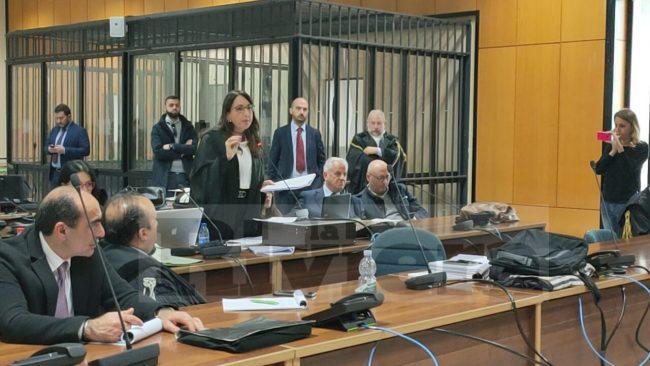 Scajola condannato a 2 anni per la latitanza di Matacena