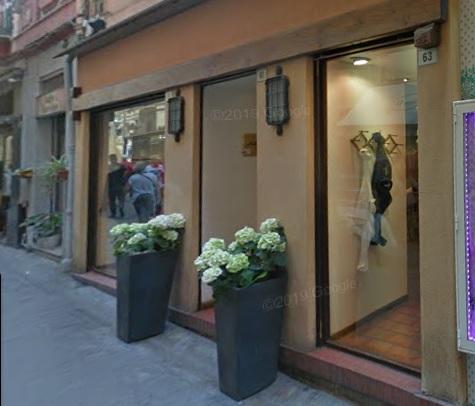 Chiude storico negozio di abbigliamento del centro di Sanremo