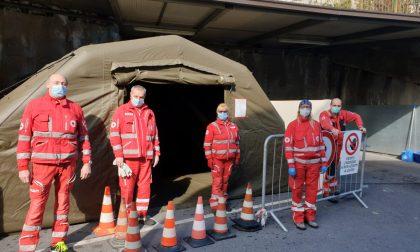 Coronavirus, installata tenda pneumatica della Croce Rossa di Sanremo
