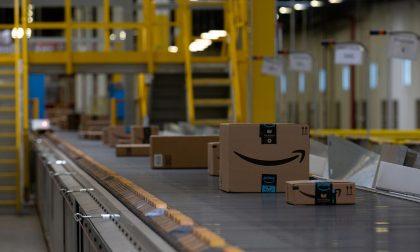 Amazon limita le consegne a beni di prima necessità