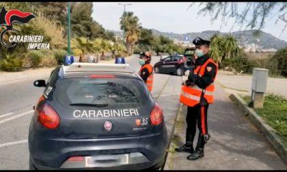 Operazione dei carabinieri per l'identificazione dei migranti