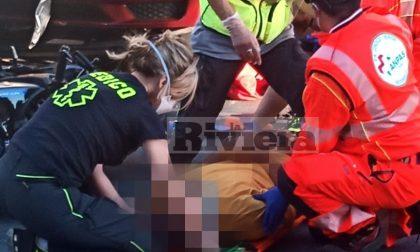 Schianto auto scooter in corso Genova a Ventimiglia, un ferito al Santa Corona