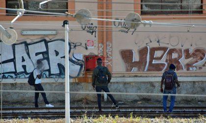 Migranti: il sindaco di Ventimiglia Scullino chiede al Prefetto ronde notturne