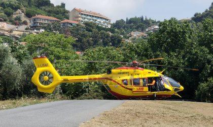 Grave operaio 20enne dopo una caduta in cantiere: allertato l'elicottero