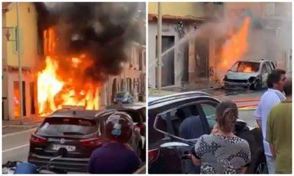 Vasto incendio alle porte di Montecarlo, bruciano auto e palazzina. 2 Video