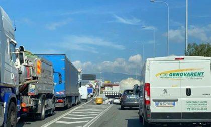 Caos autostrade: proposta di legge con sanzioni ai concessionari e pedaggi gratis